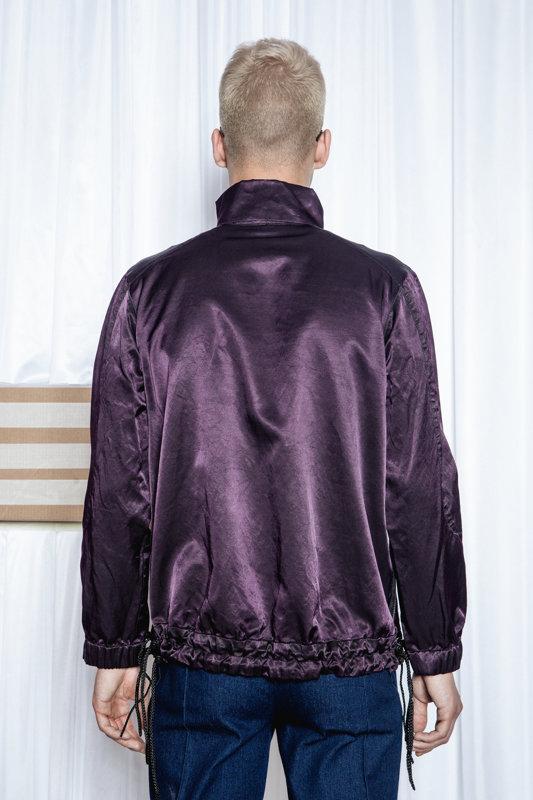 Auduma džemperis W27